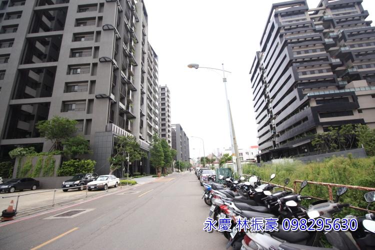竹北惟馨街